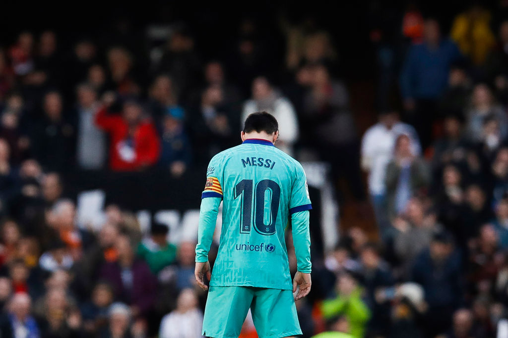 Messi's unwanted Mestalla record: 11 shots without scoring a goal - Bóng Đá