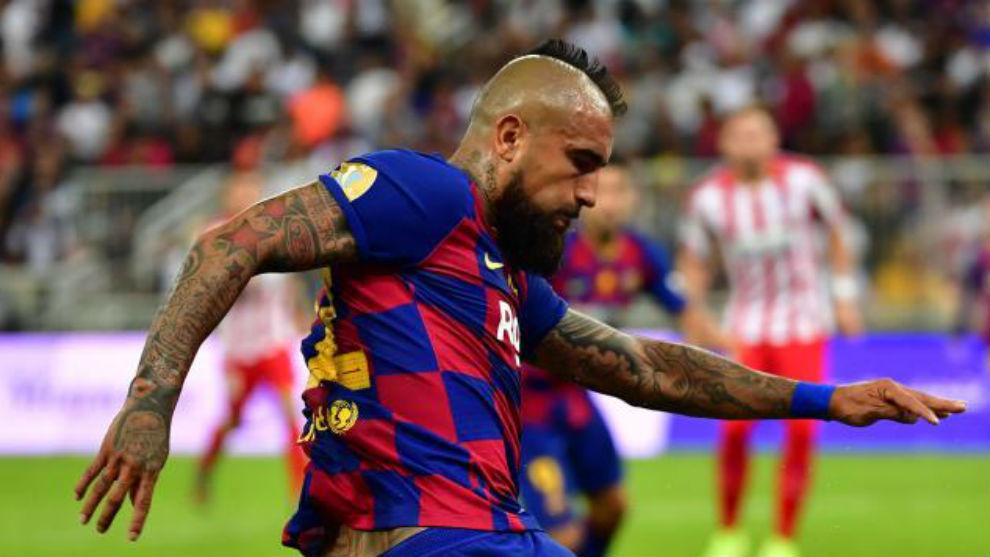 Arturo Vidal returns to Barcelona squad for Athletic clash - Bóng Đá