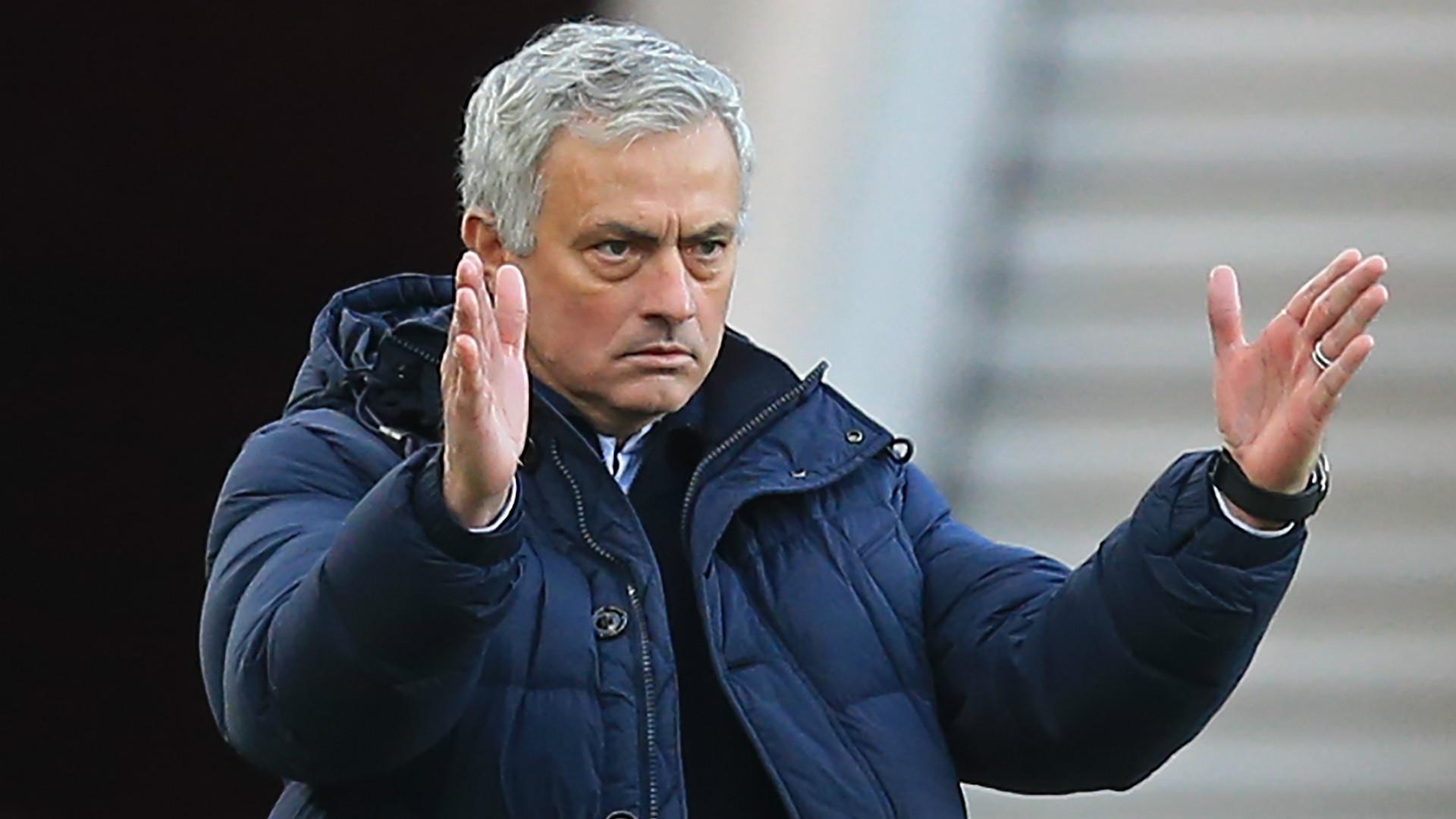 Tottenham manager Jose Mourinho identifies £40m-rated Jan Vertonghen replacement - Bóng Đá