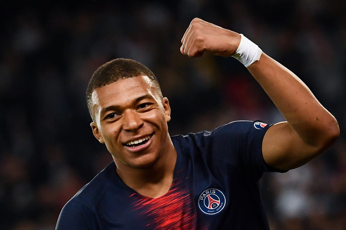 Kylian Mbappe's father has told Barcelona chiefs of Real Madrid transfer decision - Bóng Đá