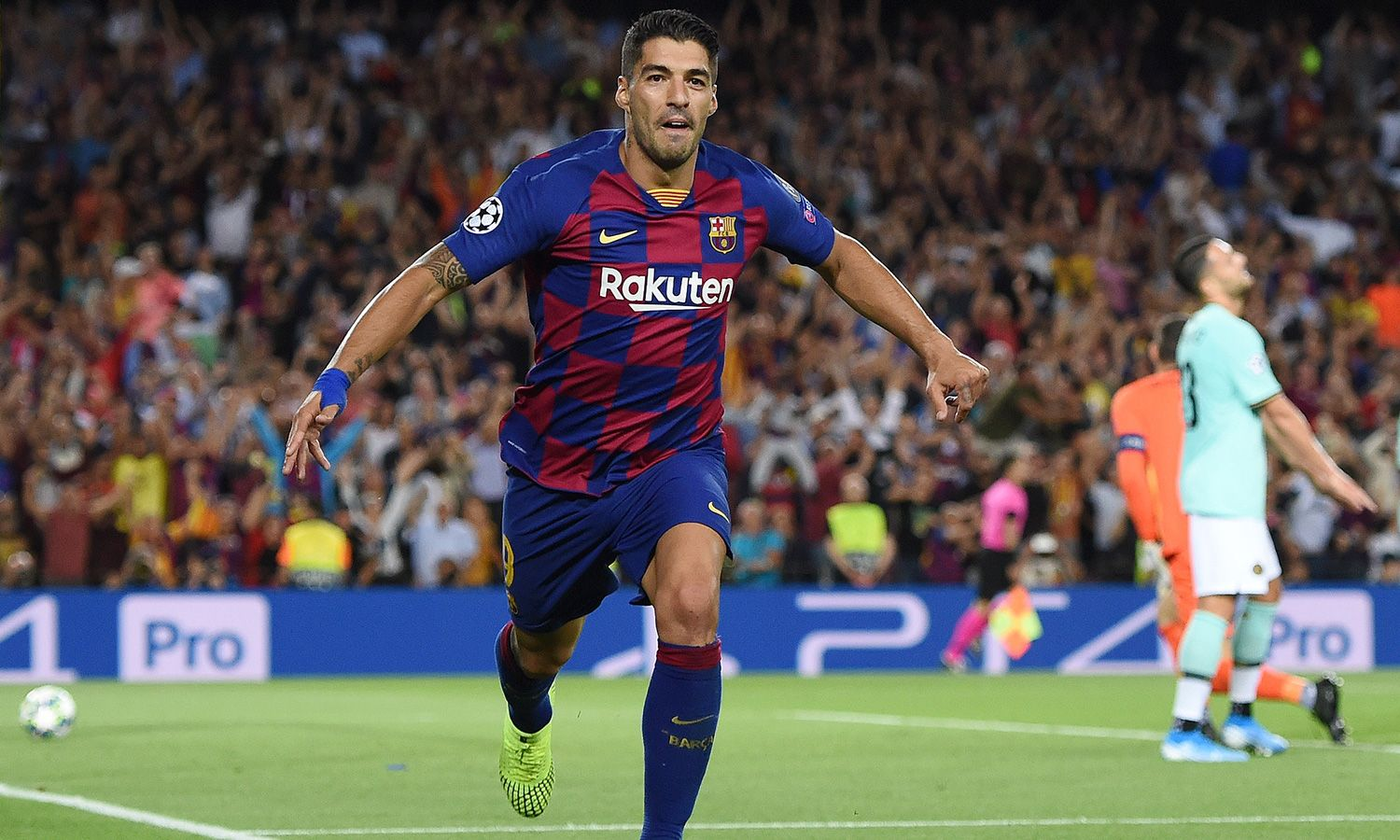 Luis Suarez ahead of schedule in recovery from knee injury - Bóng Đá