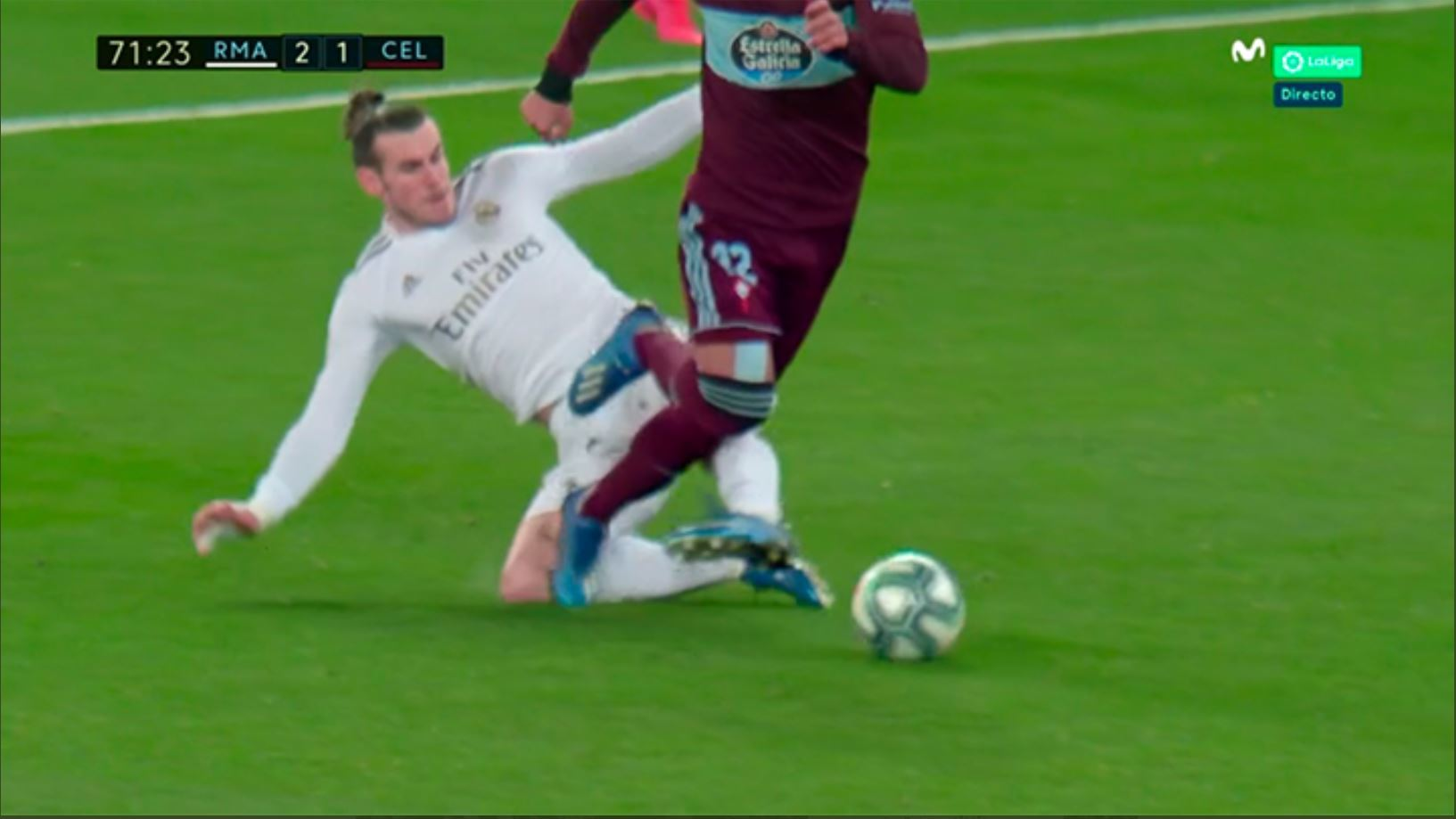 Andujar Oliver: Bale's tackle on Rafinha deserved a red card - Bóng Đá