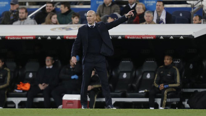 Zidane: I don't think Marcelo makes Real Madrid weaker defensively - Bóng Đá