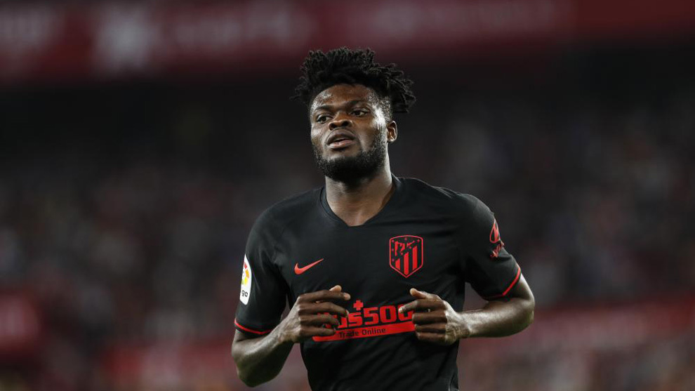 Thomas Partey: My agent is talking with Atletico, I hope contract renewal talks go well - Bóng Đá