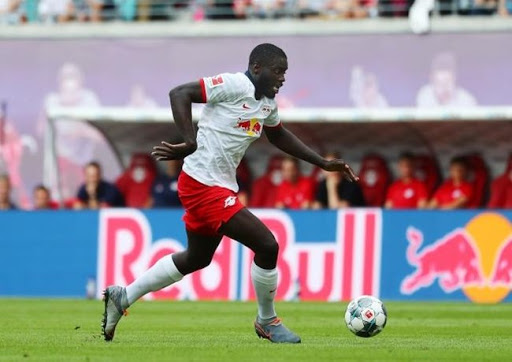 """RB Leipzig defender Dayot Upamecano has opened the door to a summer transfer: """"There are many clubs that want me."""" - Bóng Đá"""