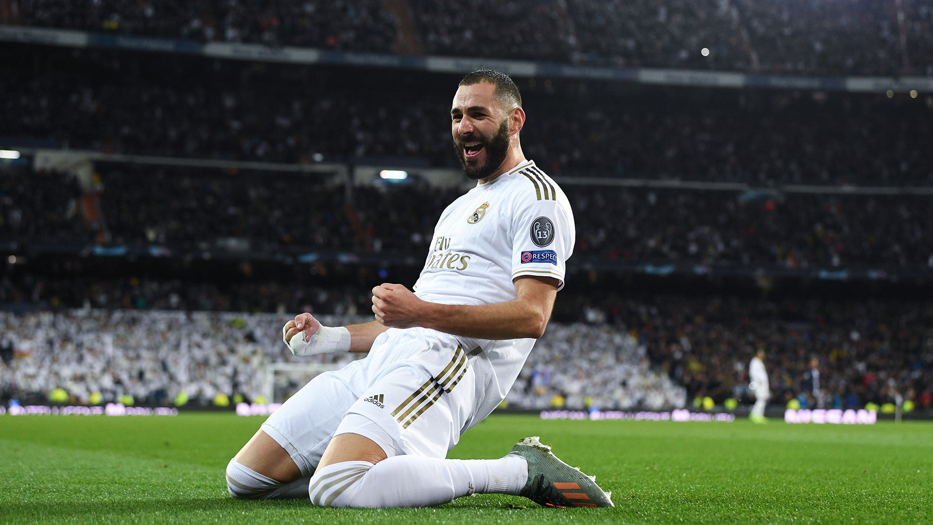 Karim Benzema 'signs one-year contract extension at Real Madrid' but LaLiga giants will not announce deal until the end of the season - Bóng Đá
