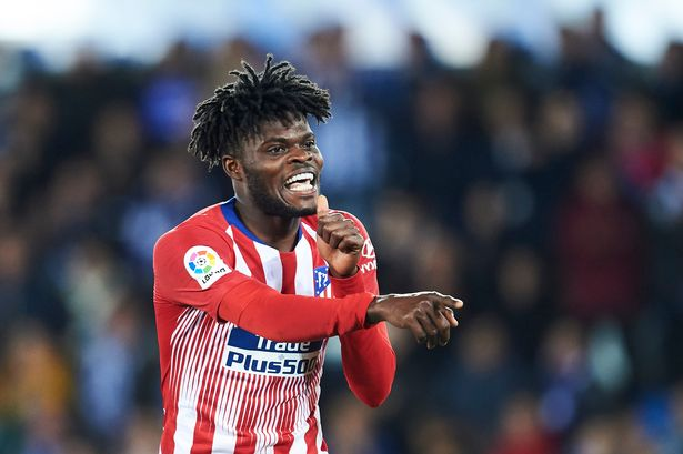 Arsenal fans react as Gunners reportedly willing to meet Thomas Partey's release clause - Bóng Đá