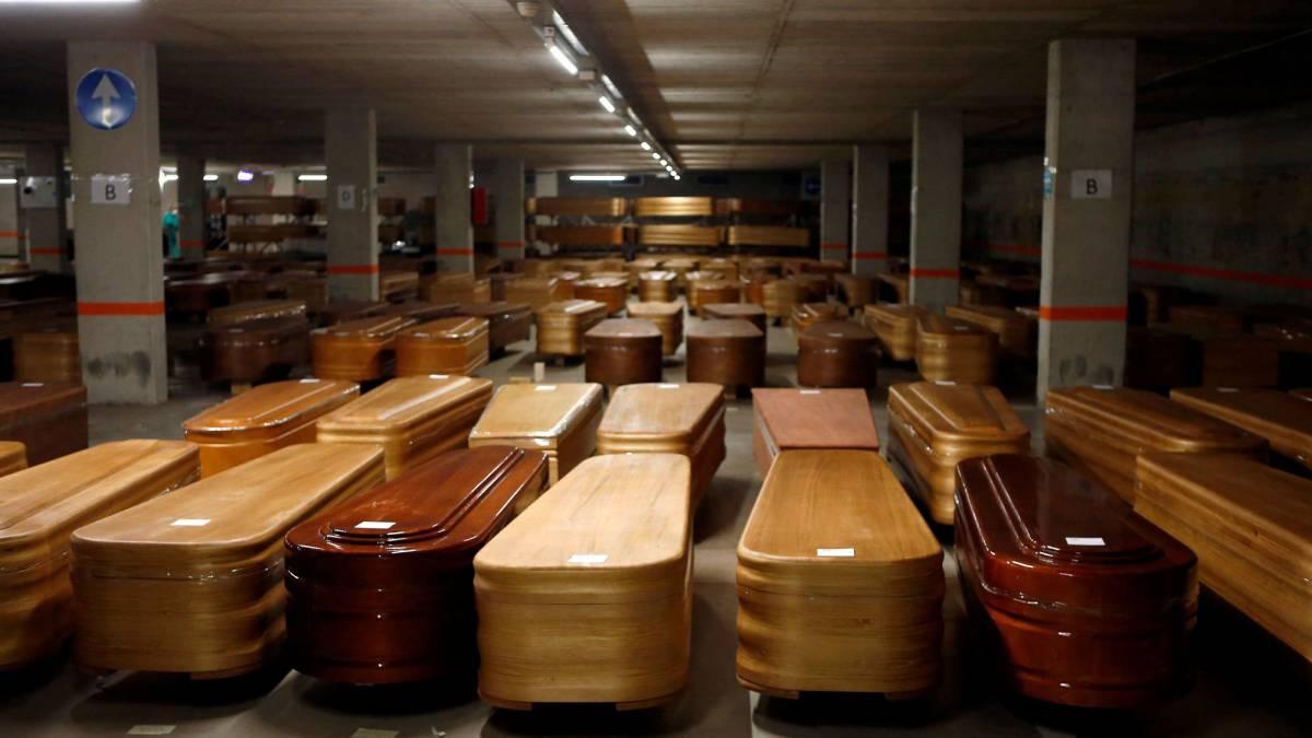 Coronavirus: Barcelona converts car park into a temporary morgue - Bóng Đá