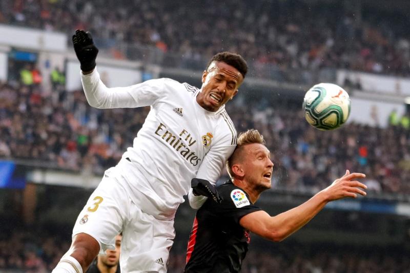 Arsenal 'eye Real Madrid centre-back Eder Militao' - Bóng Đá