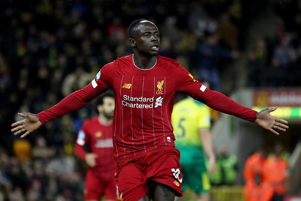 The Express are reporting that Liverpool are set to offer Sadio Mane a contact extension, and increase in salary. - Bóng Đá