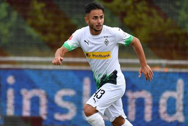 Chelsea theo đuổi tài năng trẻ của Monchengladbach - Bóng Đá
