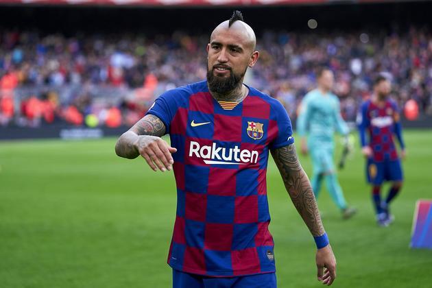 Barca và 3 lý do nên giữ Arturo Vidal lại hè này - Bóng Đá