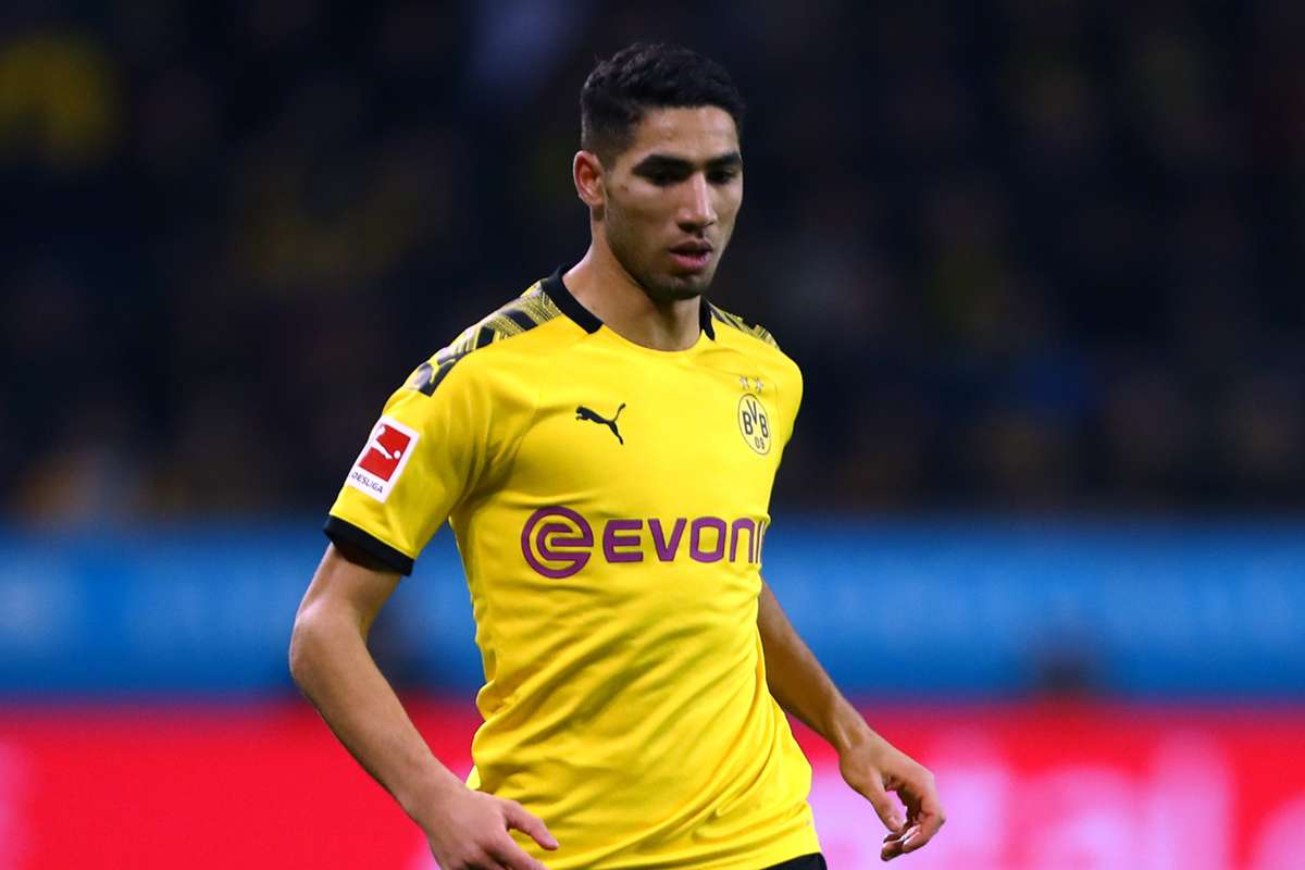 Achraf Hakimi's move to Inter isn't a done deal yet. Inter and Real Madrid continue negotiating. - Bóng Đá