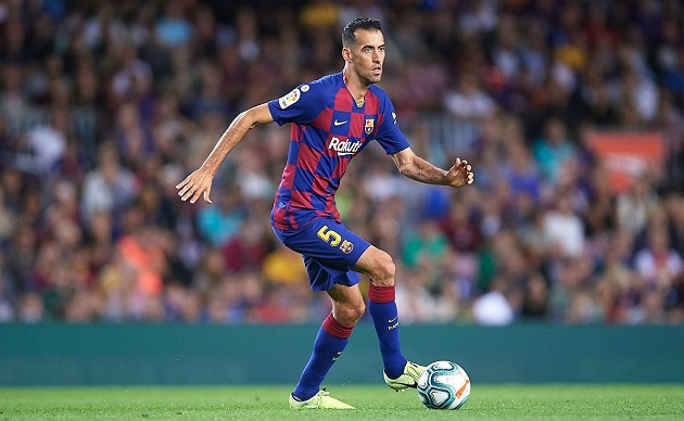It's been 12 years since Sergio Busquets' Barca debut! Here are 3 remarkable records Spaniard has set since then - Bóng Đá