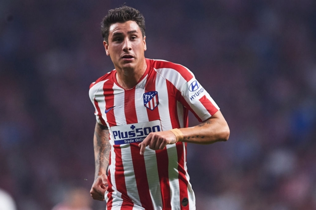 Gimenez will not leave Atletico Madrid for less than his buyout clause - Bóng Đá