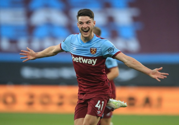 Chelsea reporter Simon Phillips claims the Blues are set to make another bid for Declan Rice - Bóng Đá