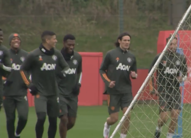Three things spotted in Edinson Cavani's first Manchester United training session - Bóng Đá