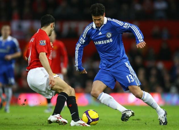 'Give him nightmares!' Ryan Giggs reveals Sir Alex Ferguson told him to expose Chelsea hero Michael Ballack    - Bóng Đá