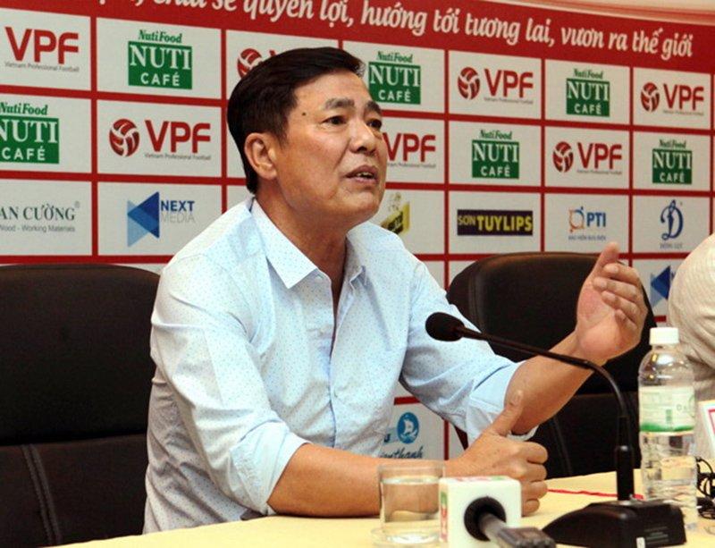 VPF họp xử lý ông Trần Mạnh Hùng trong chiều nay - Bóng Đá