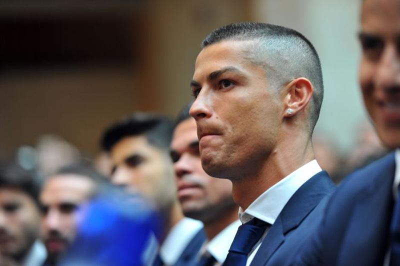 NÓNG! Muốn đá World Cup 2018, Ronaldo phải nộp phạt 19 triệu Euro - Bóng Đá