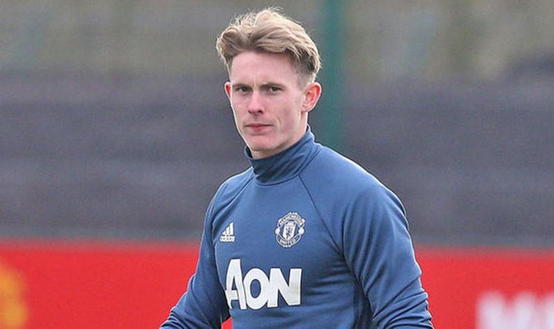 CHÍNH THỨC! Man United gia hạn hợp đồng với sao trẻ Anh đến năm 2020 - Bóng Đá