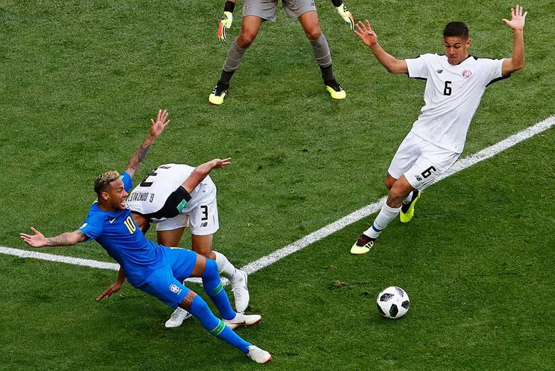Brazil suýt... bể kèo: Gọi tên Coutinho và kịch sĩ Neymar! - Bóng Đá