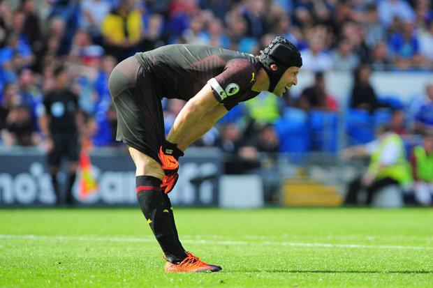 Cựu thủ môn Man Utd nói lời thật lòng về Petr Cech - Bóng Đá