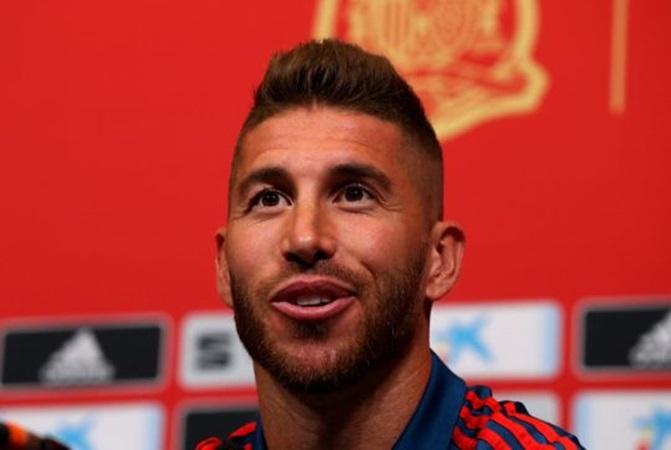 Bị fan Salah đe dọa, Ramos đáp trả