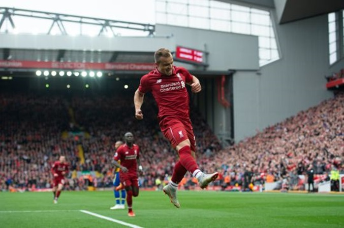 SỐC: Shaqiri bị Klopp rút khỏi sân vì phá hoại lối chơi của Liverpool? - Bóng Đá