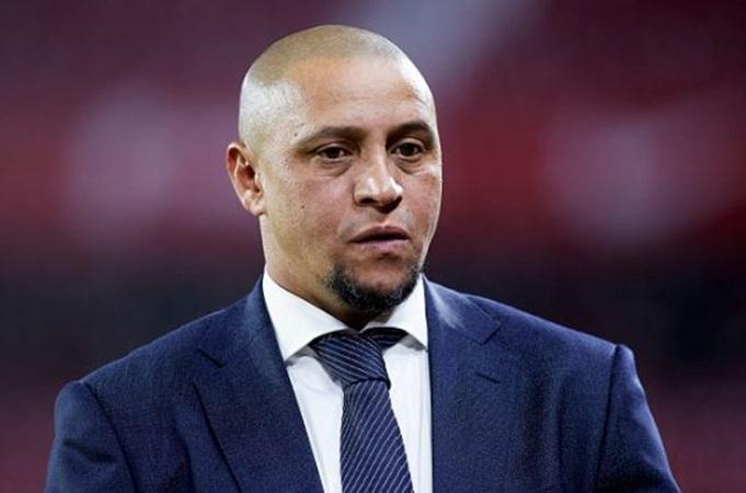 Roberto Carlos lên tiếng về khả năng Zidane dẫn dắt Man Utd - Bóng Đá