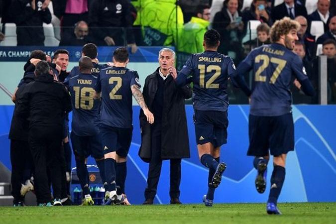 Dư âm chiến thắng của Man Utd trước Juve: Allegri hết phép,