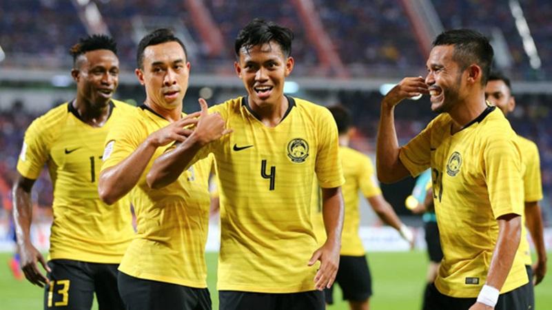 Hậu vệ Malaysia lãnh thẻ đỏ: