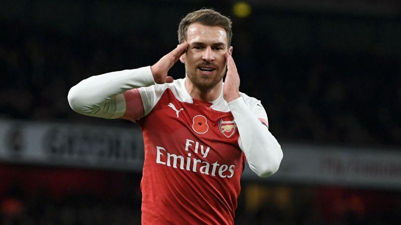 Pirlo dụ dỗ sao Arsenal: