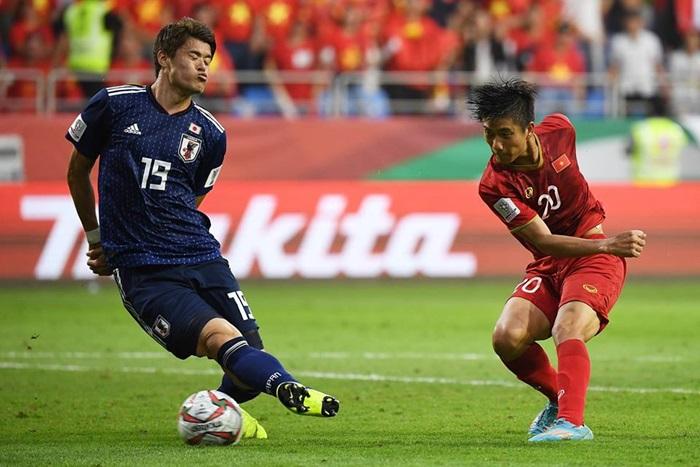Ký giả Anh: Cứ đá thế này, tuyển Việt Nam có thể nghĩ đến World Cup - Bóng Đá