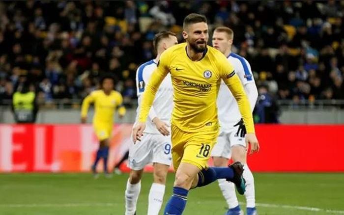 Higuain mất đến 9 trận đấu cũng chưa làm được 1 điều bằng Giroud - Bóng Đá