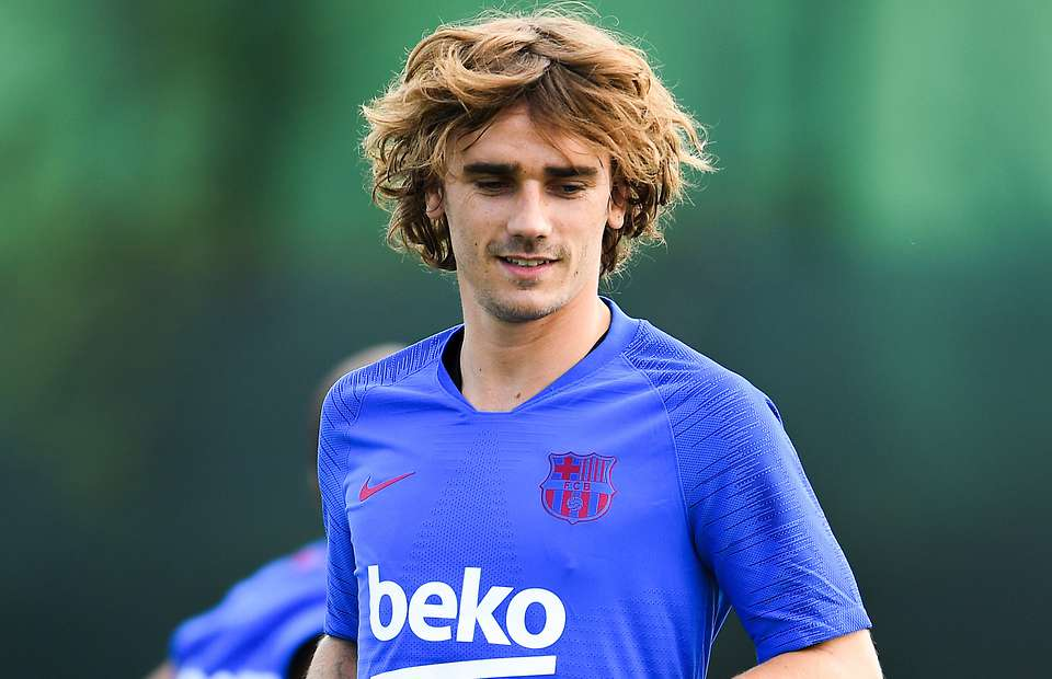 Antoine Griezmann reveals which Arsenal player he wants to join him at Barcelona - Bóng Đá