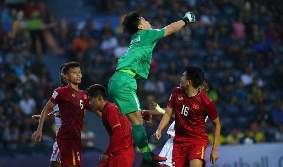 5 điểm nhấn trận U23 Việt Nam vs U23 UAE: Dấu ấn VAR, bài toán tấn công - Bóng Đá