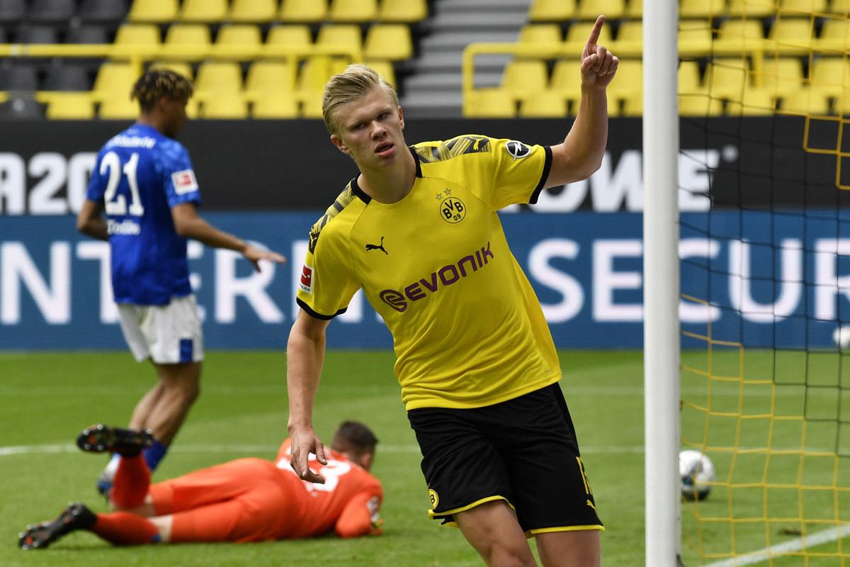 Haaland đấu Lewandowski: Những