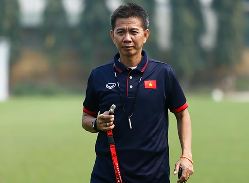 HLV Hoàng Anh Tuấn:  - Bóng Đá