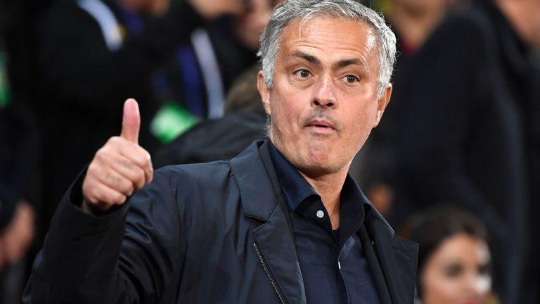 Bailly về Tottenham: Lợi cả đôi bên - Bóng Đá