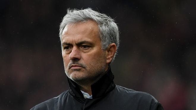 Bị Paul Scholes chỉ trích, Mourinho bất ngờ được người Arsenal bênh vực - Bóng Đá