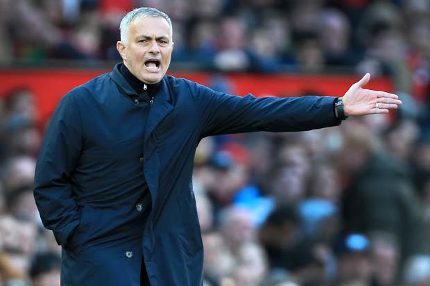 Trò cũ phát biểu sốc về thói đổ lỗi của Mourinho Schwarzer - Bóng Đá