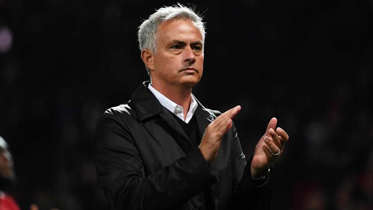 Mourinho hỏi CR7:
