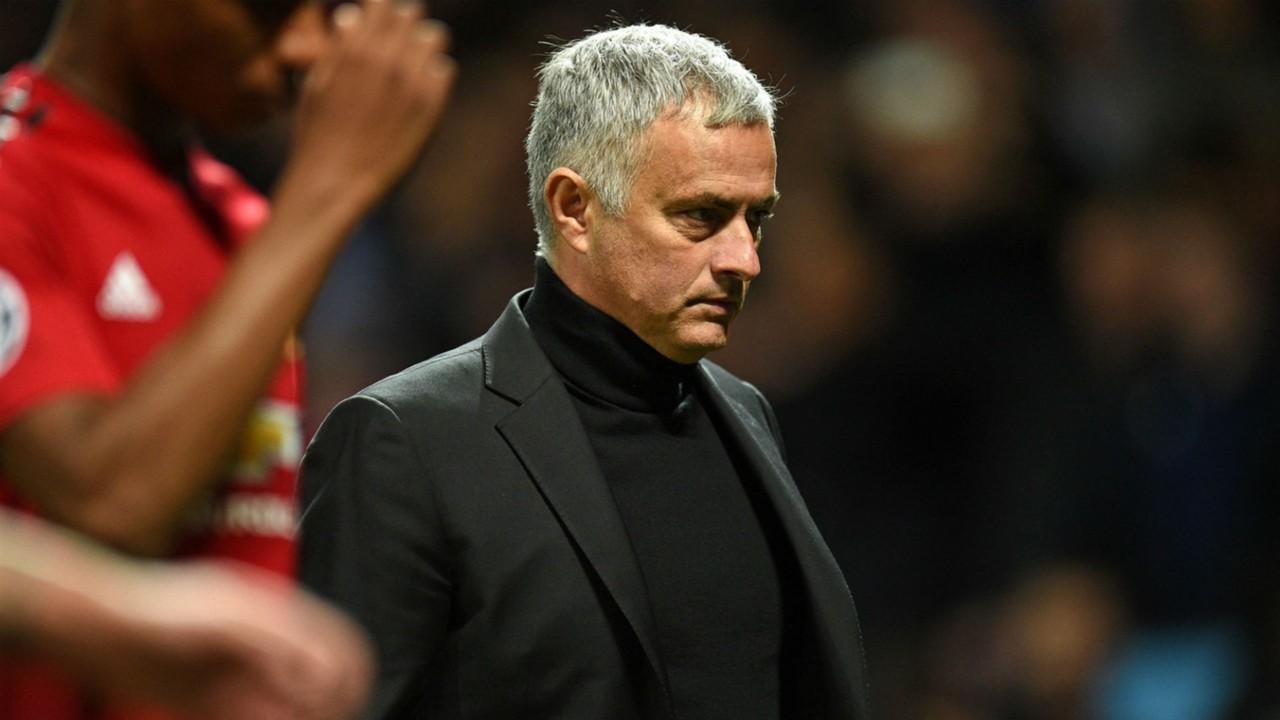 Jamie Carragher bàn về 3 cái tên thay Mourinho - Bóng Đá