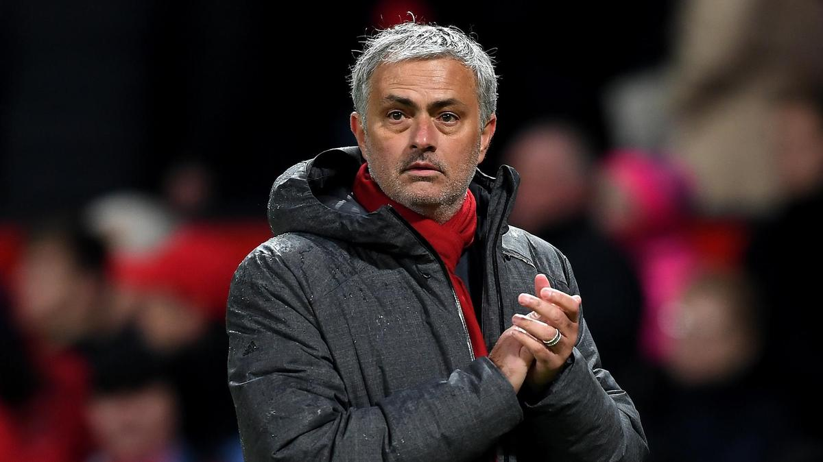 Man Utd boss Jose Mourinho must stay: 'Club have RIGHT manager but WRONG players' - Savage - Bóng Đá