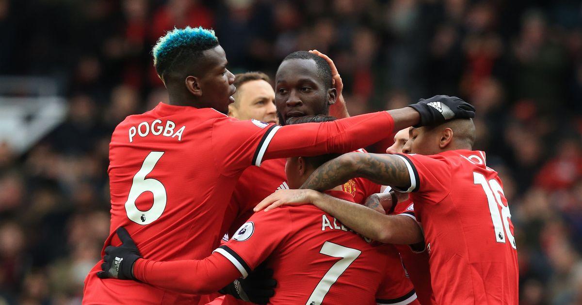 Romelu Lukaku 'considering Man Utd future' after being dropped by Jose Mourinho - Bóng Đá