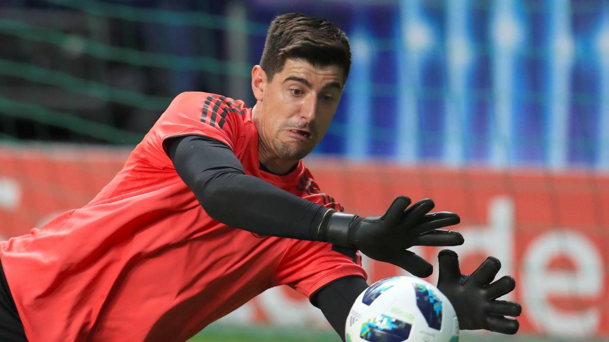 Courtois: Simeone criticises Real Madrid to boost popularity  - Bóng Đá