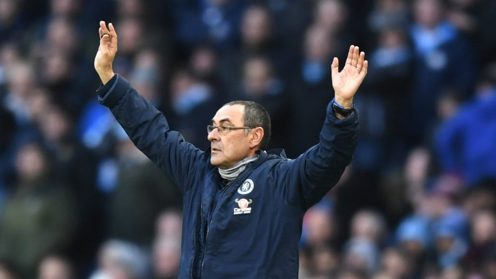 Ex-Chelsea assistant manager speaks out on Maurizio Sarri's chances to survive after 6-0 defeat - Bóng Đá