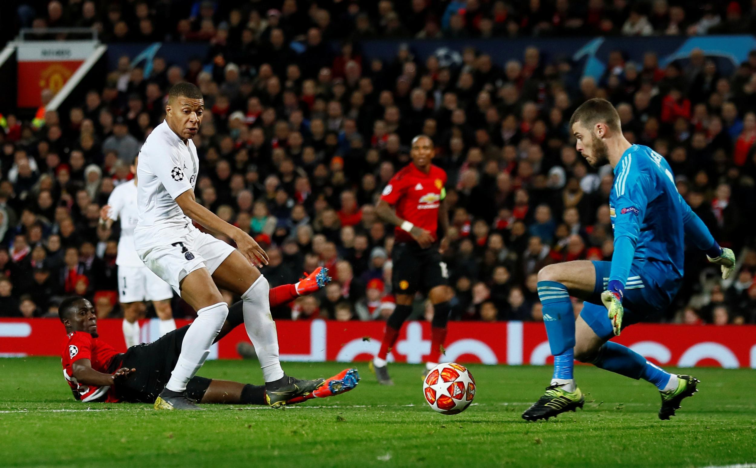 'Điều ông ấy cần làm là tránh kết quả tương tự trước Chelsea và Liverpool' - Bóng Đá