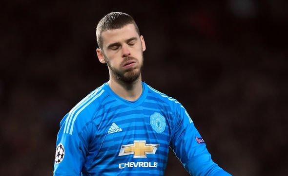 Sao Man Utd phản ứng khó tin với phóng viên sau thất bại PSG - Bóng Đá